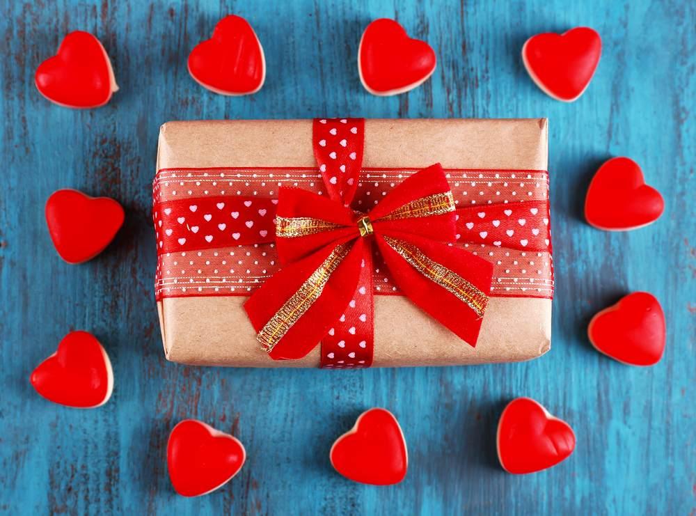 Подарунок на 14 лютого, якщо недавно познайомилися
